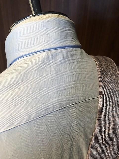 シャツのサイズ オーダースーツ 大阪 肩幅